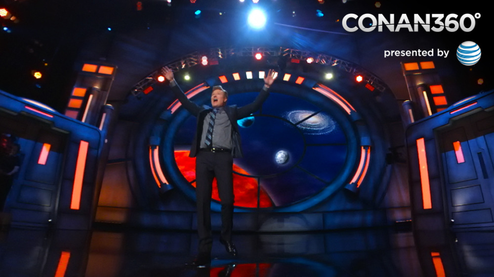 Conan 360 Conan obrien on stage