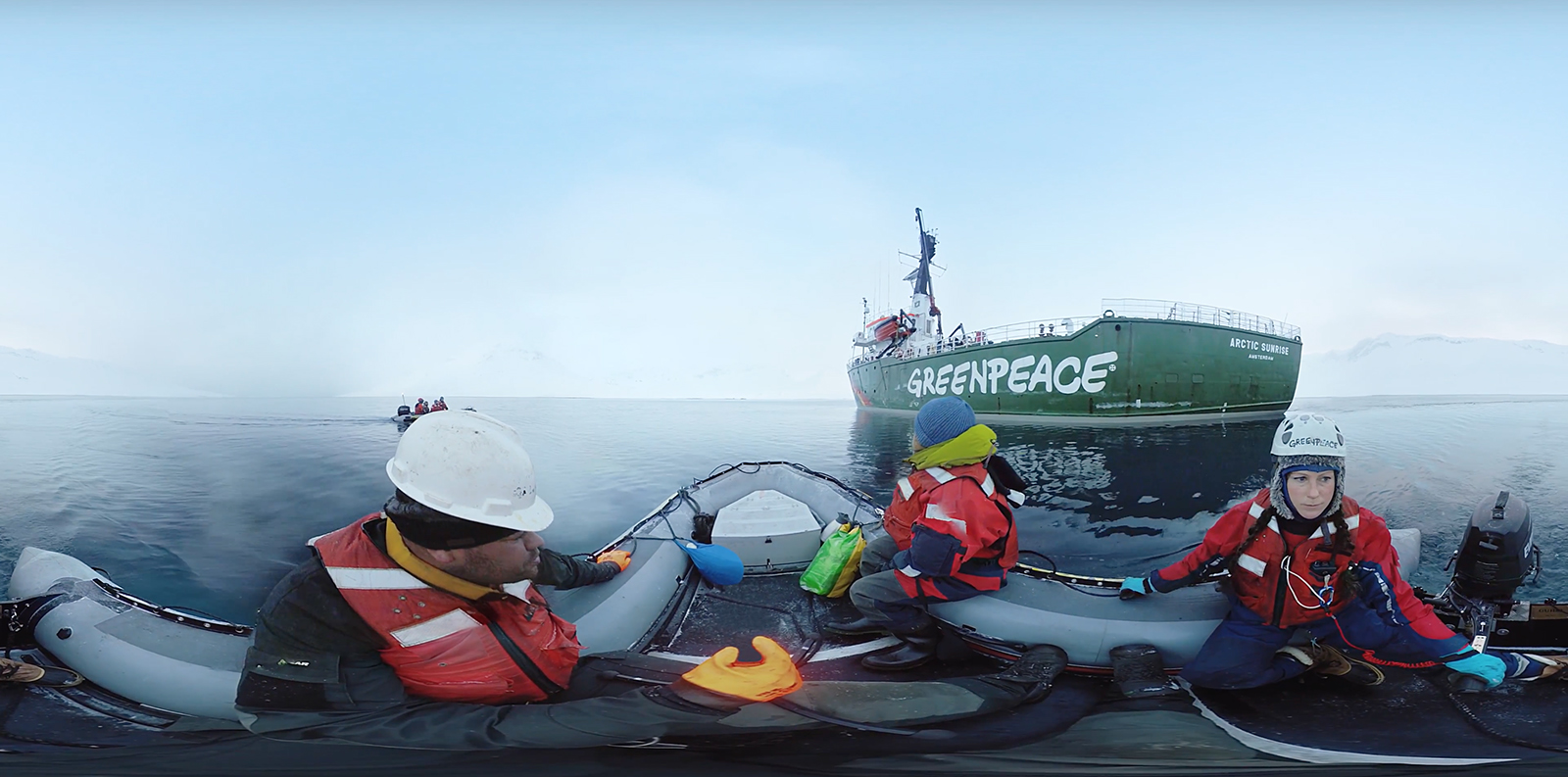 equirectangular-view-greenpeace-boat-and-crew-lr