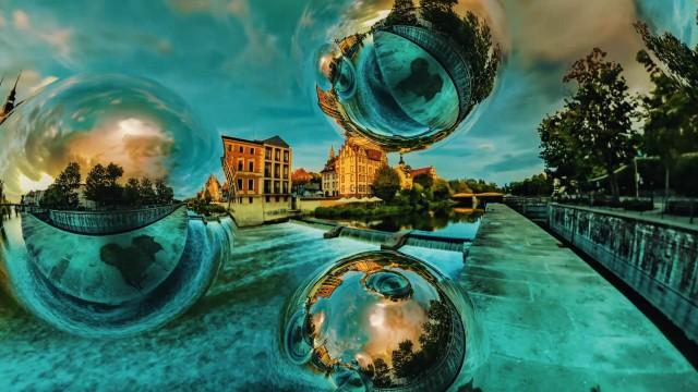 Sneak Peek: Mantra VR > Chrome Spheres Overview